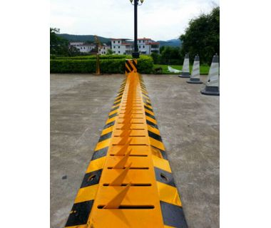 Traffic spike barrier heavy duty automatic electric barriers